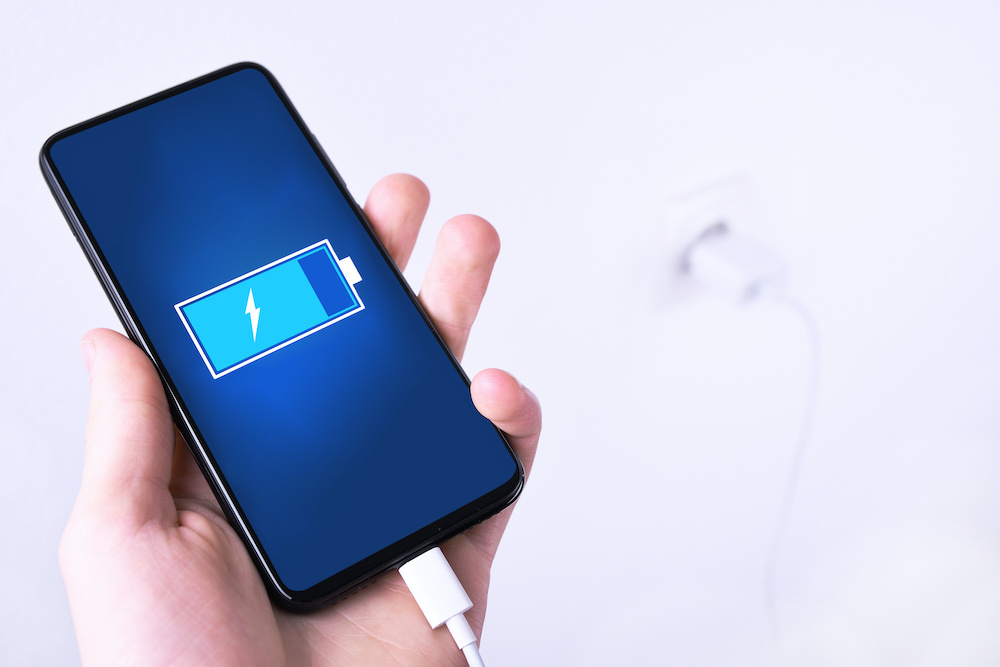 How Long Does a Cell Phone Battery Charge Last